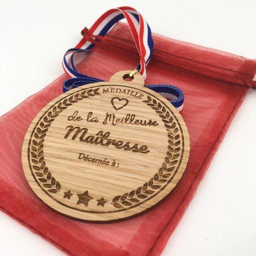 médaille bois meilleure maîtresse chêne