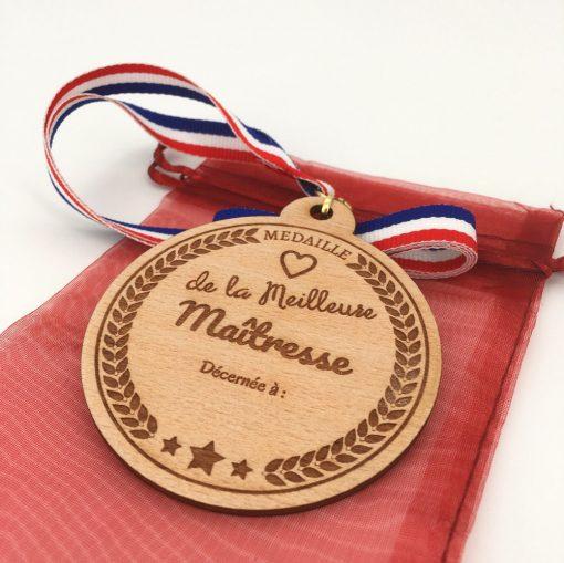 médaille bois meilleure maîtresse hêtre
