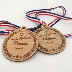médaille bois personnalisable maman