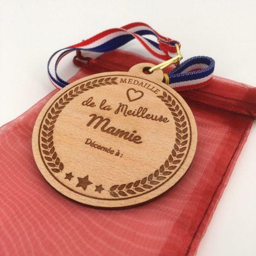 médaille bois meilleure mamie hêtre