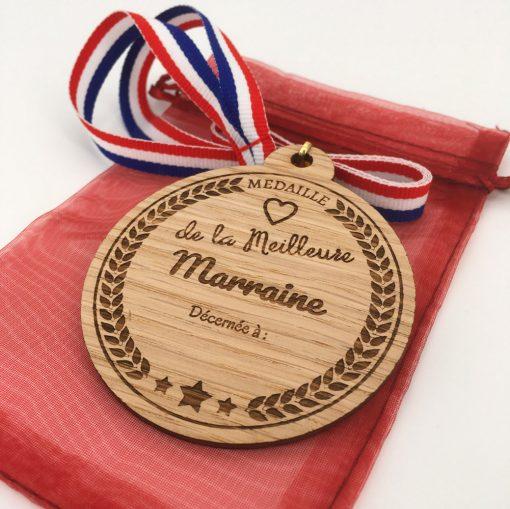 médaille bois meilleure marraine chene