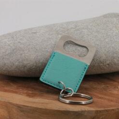 Porte-clés Le décapsuleur bleu