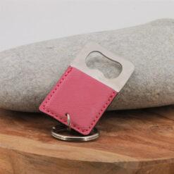 Porte-clés Le décapsuleur rose