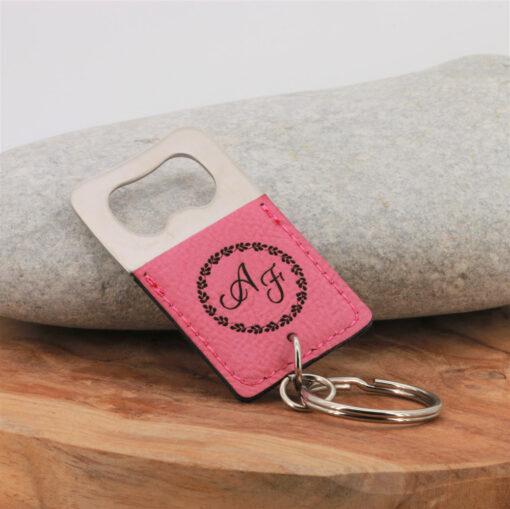 Porte-clés Le décapsuleur rose gravure